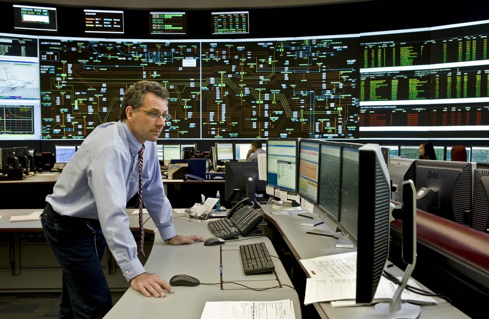 Employees of IESO oversee one of the electricity system's control rooms. Photo courtesy of Independent Electricity System Operator