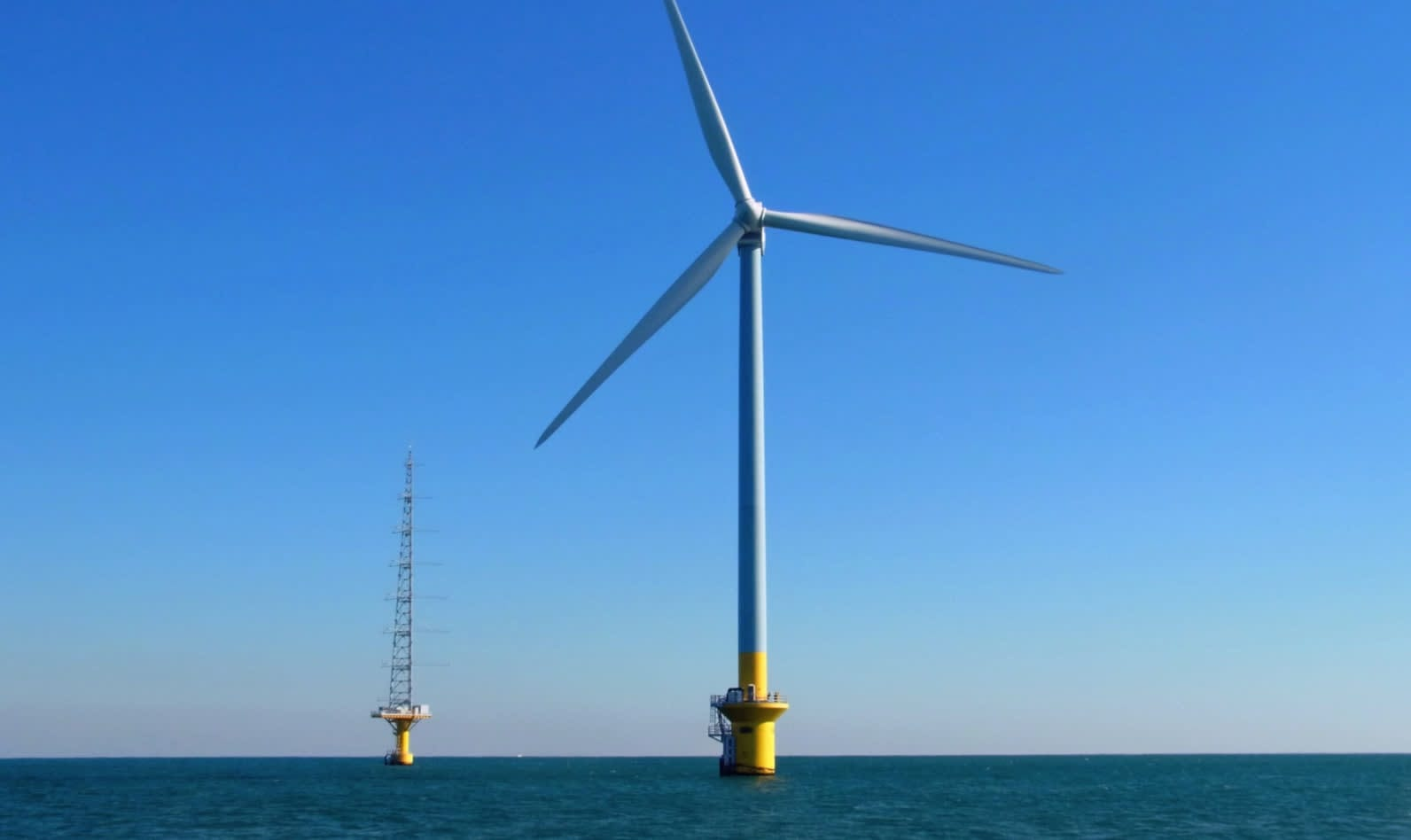 Japan has hardly any offshore wind farms in commercial operation