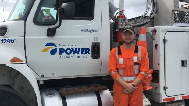 Hundreds of Canadian power crews are heading to Florida